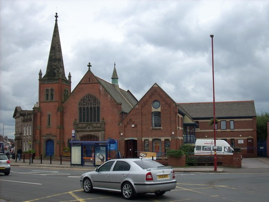 Cotteridge Church in 2008 - since the mid eighties the consolidated home of the Methodist, Anglican and URC churches, along with various community facilities. The former URC site on Watford Road became old people's flats in the 1980s, and St Agnes became a Kwik Save.