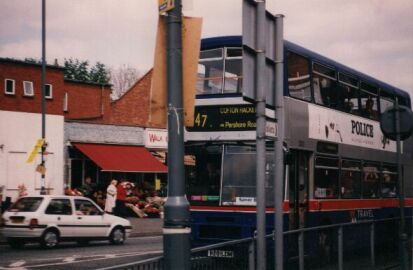 Number 47 bus rounds the corner to Pershore Road South, 1997