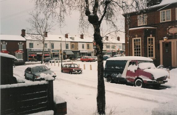 Snow in Cotteridge Road. The entrance to the bar door of the Grant Arms. Possibly 1981