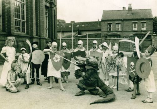 Cotteridge School - St George and the Dragon mumming play from 1945 (photo courtesy of Tony James)